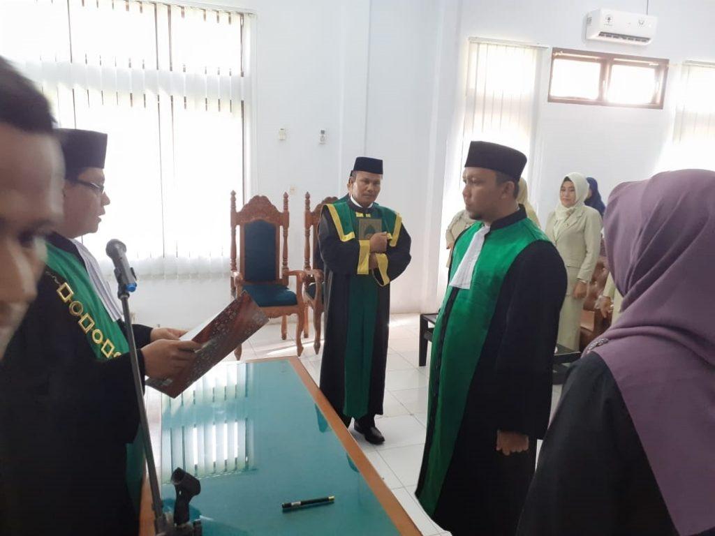 Pengambilan Sumpah Jabatan Dan Pelantikan Wakil Ketua dan Hakim Mahkamah Syar'iyah Meulaboh Kelas II